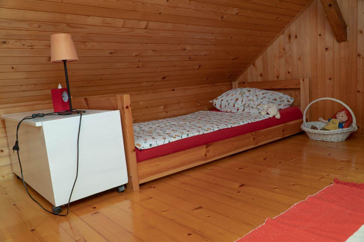 ranch velka podezelska hisa 13 spalnica3